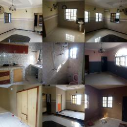 4 bedroom Semi Detached Duplex House for rent Orisunbare Alimosho Lagos
