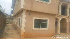 10 bedroom Flat / Apartment for sale Olounde Ologuneru area Eleyele Ibadan Oyo