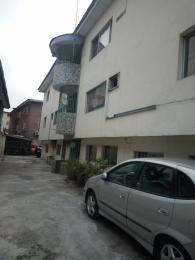 2 bedroom Flat / Apartment for rent off fola-Agoro Fola Agoro Yaba Lagos