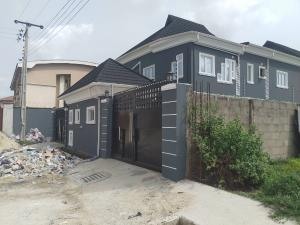 2 bedroom Block of Flat for rent 1 bode thomas Central surulere Surulere Lagos