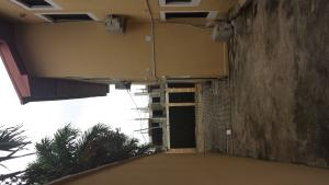 3 bedroom Flat / Apartment for rent - Atunrase Medina Gbagada Lagos