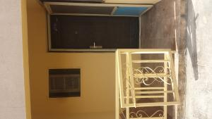 3 bedroom Flat / Apartment for rent Estate Atunrase Medina Gbagada Lagos