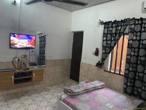 1 bedroom mini flat  Self Contain Flat / Apartment for rent Efab estate Life Camp Abuja