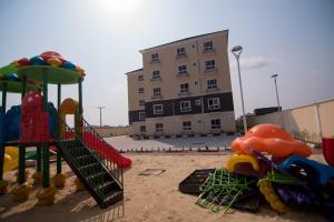 3 bedroom Flat / Apartment for sale Ajiran, Near Pinnock Beach, Femi Okunnu and Friends Colony Estate Lekki Lagos - 4
