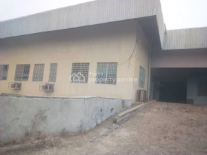 Warehouse Commercial Property for rent  Property Within Owode Estate, Apata, Ibadan Apata Ibadan Oyo