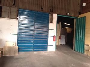 Warehouse Commercial Property for rent Mushin / ilupeju area Ladipo Mushin Lagos