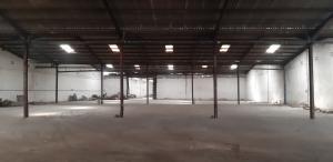 Warehouse Commercial Property for rent Cele Ijesha, oshodi apapa express way Isolo Lagos