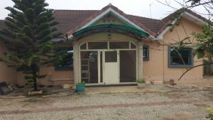 4 bedroom Detached Bungalow House for sale Alakuko road/Adfarm Estate Iju Lagos