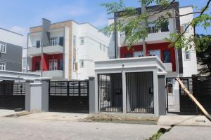 4 bedroom Semi Detached Duplex House for sale ... ONIRU Victoria Island Lagos