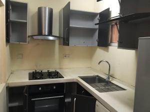 Self Contain Flat / Apartment for rent Inside a mini estate off Shoprite road osapa London Osapa london Lekki Lagos