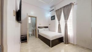 3 bedroom Flat / Apartment for shortlet Lekki Lagos