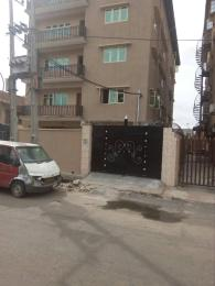 3 bedroom Flat / Apartment for rent bishop street  Ojuelegba Surulere Lagos