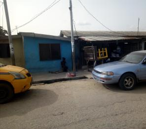 1 bedroom mini flat  Semi Detached Bungalow House for sale Bank Olemoh Randle Avenue Surulere Lagos