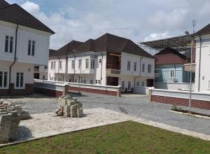 Shared Apartment Flat / Apartment for sale Katamkpe Katampe Main Abuja