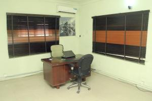 Office Space Commercial Property for shortlet 14a, Bayo dejonwo street. LSDPC Maryland Estate Maryland Lagos