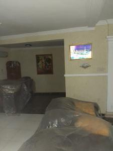 5 bedroom Flat / Apartment for sale Iju road, ishaga Lagos Iju Lagos